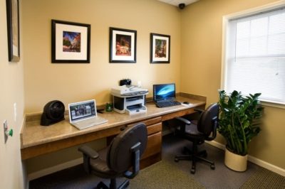 Charlottesville Apartment with Business Center